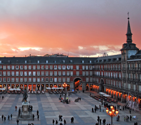 Plaza_Mayor_de_Madrid_02
